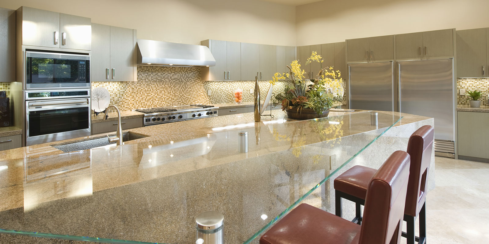 GLASS COUNTERS & VANITIES